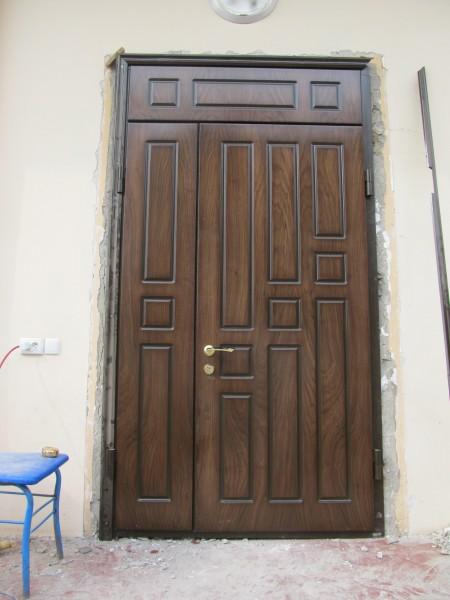 моем входные двери
