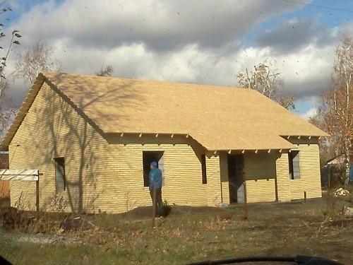 Строительство двухскатной крыши.Сосновка