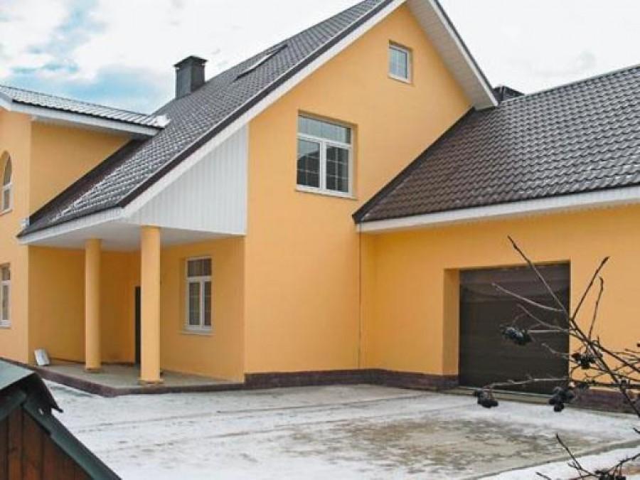 Крашеные фасады домов фото