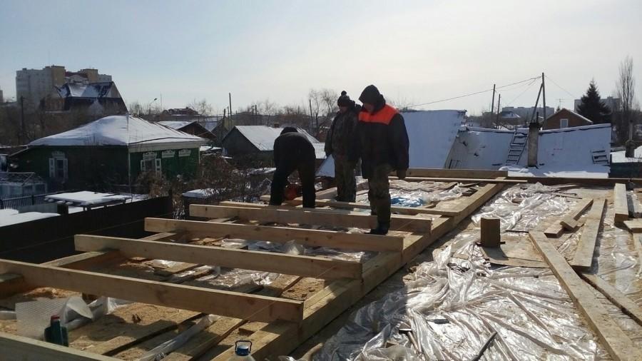 12 Северная.Новая двухскатная крыша