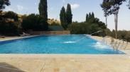 Зона отдыха - большой бассейн
